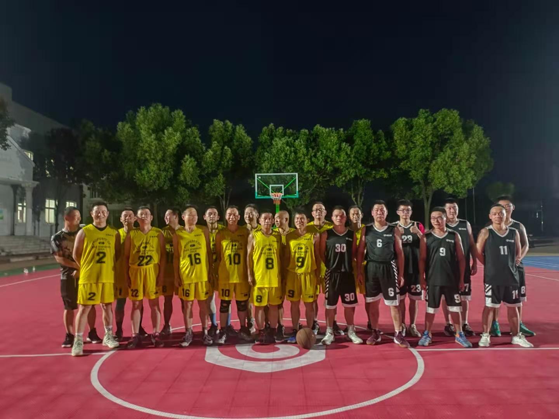 澳门皇冠娱乐网站携手住建局举行篮球友谊赛